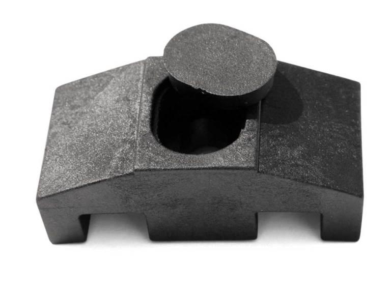 Příchytka PVC na čtyřhranný sloupek pro panely PILOFOR SUPER, černá 0,02Kg