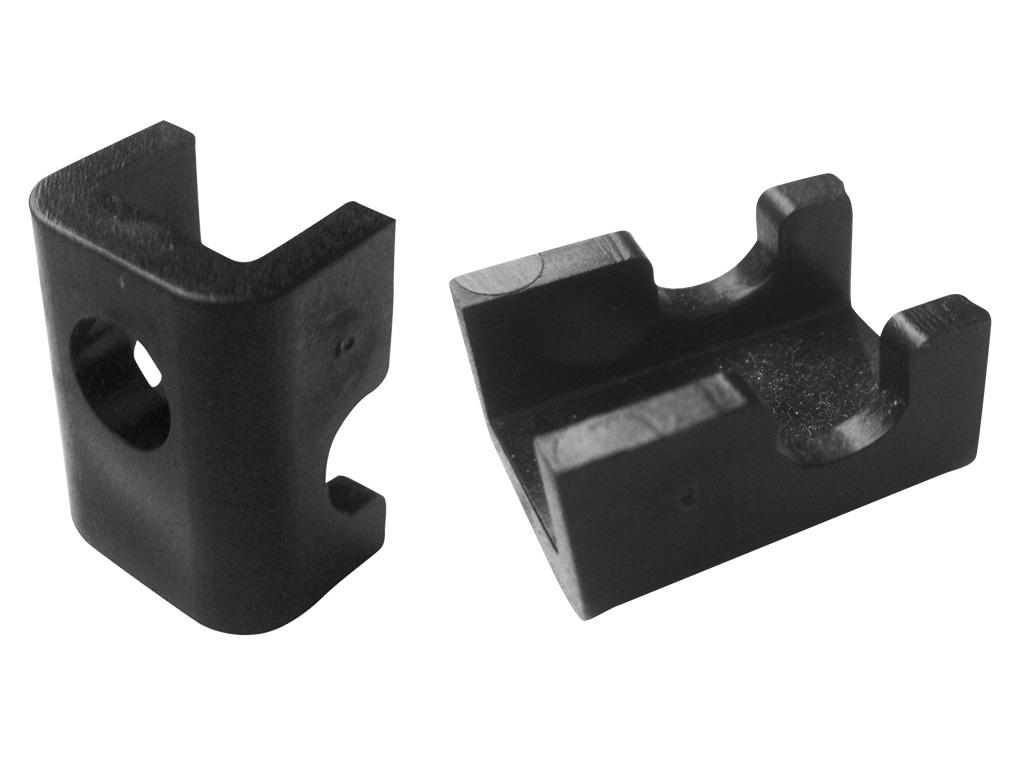 Příchytka PVC panelu PILOFOR CLASSIC ke konstrukci branky a brány, černá 0,01Kg